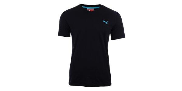 Pánské černé tričko s véčkovým výstřihem Puma