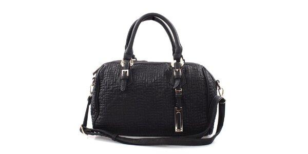 Dámská černá kabelka s reliéfním vzorem Bessie