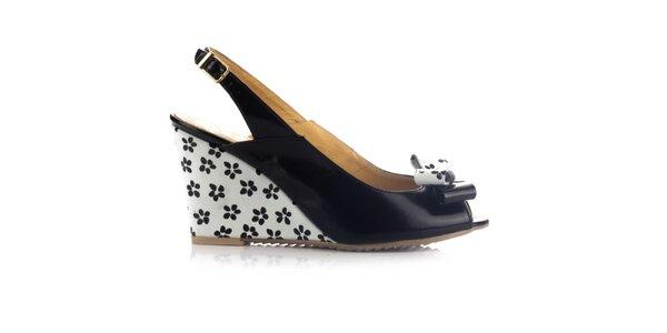 Dámské černo-bílé kožené sandálky na klínku Joana and Paola