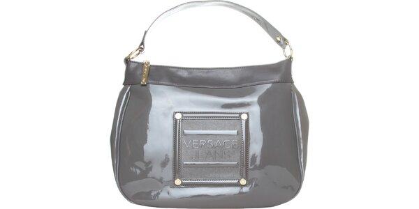 Dámská světle šedá lakovaná kabelka Versace Jeans