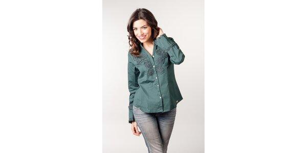 Smaragdová košile s květinovou aplikací CurioCity