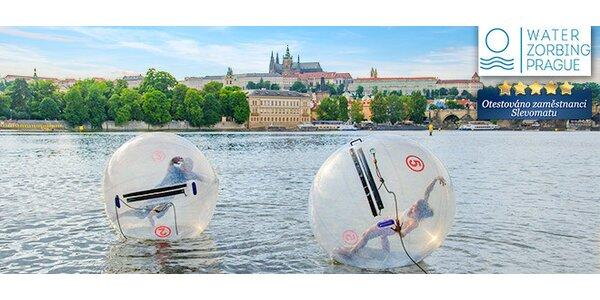 Water zorbing – projděte se po vlnách Vltavy!