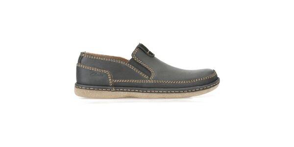 Pánské kožené nazouvací boty s prošíváním Clarks