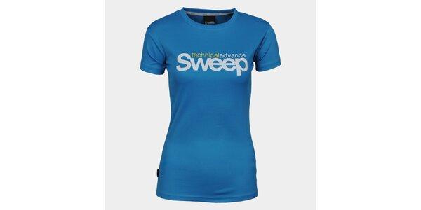 Dámské modré tričko s krátkým rukávem a značkou Sweep