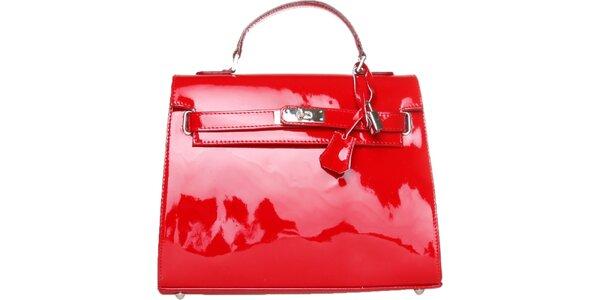 Dámská červená lakovaná kabelka Made in Italia