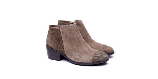 Dámské hnědé kotníčkové boty s hadím vzorem Shoe the Bear