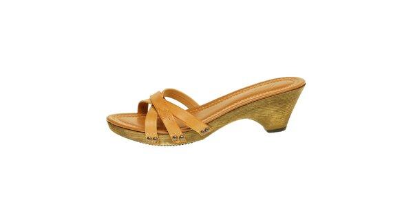 Dámské velbloudí kožené pantofle Levi's