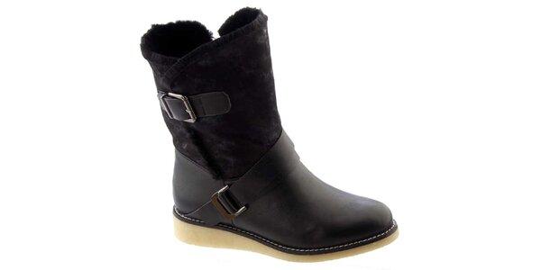 Dámské černé zateplené boty s přezkami Betsy