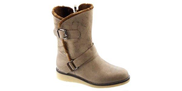 Dámské béžové zateplené boty s přezkami Betsy