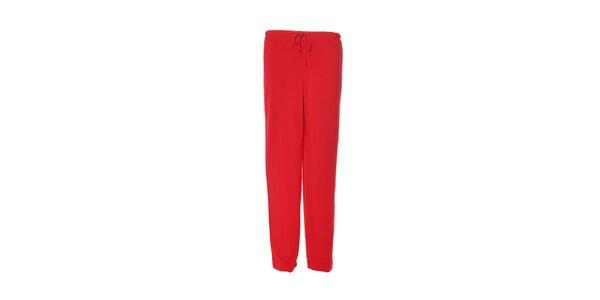 Dámské rudě červené kalhoty značky DKNY