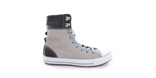 Dámské světlé kotníkové boty s modrými tkaničkami Converse