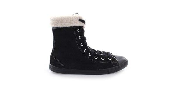 Dámské černé šněrovací boty s kožíškem Converse