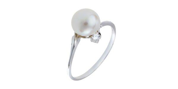 Dámský stříbrný prsten s bílou perlou a zirkonem Orchira