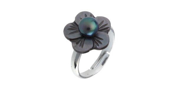Dámský perleťový prstýnek s černou perlou Orchira