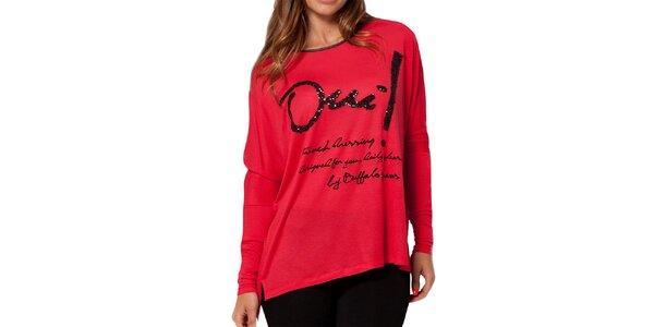 Dámské červené volnější triko Peace&Love