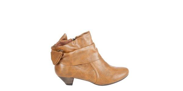 Dámské velbloudí kotníkové boty Xti