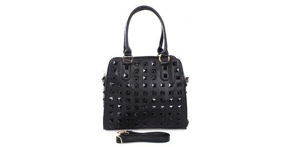 Dámská černá kabelka s pyramidkami London Fashion