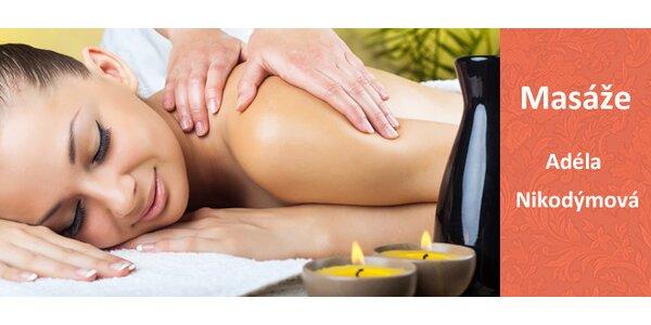 Víkendová 60minutová relaxační masáž zad s peelingem