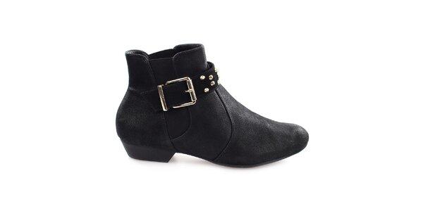 Dámské černé kotníkové boty s přezkou přes nárt Vizzano