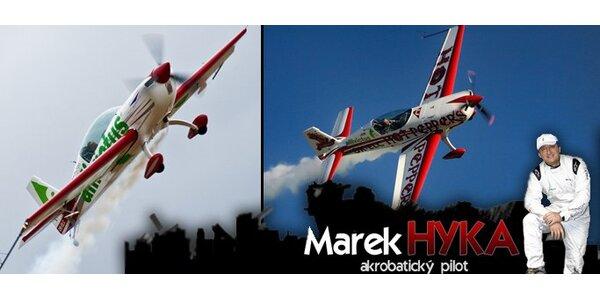 5999 Kč za adrenalinový akrobatický let s mistrem světa!