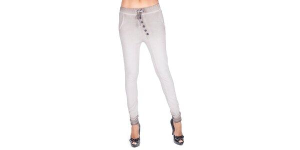 Elegantní módní kousky pro náročné dámy Sixie  c86983c5b1