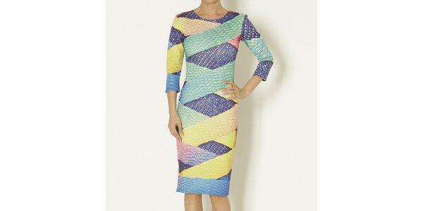 Dámské šaty s barevným potiskem Chaser