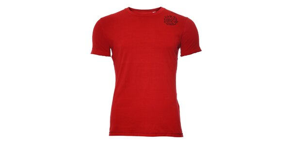 Červené tričko Energie s potiskem na zádech