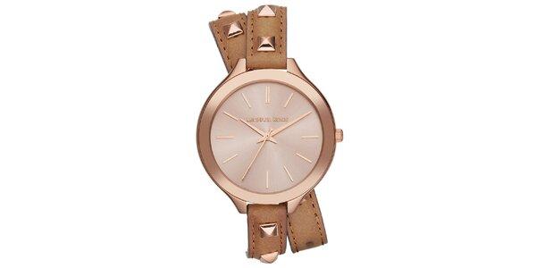 Dámské analogové hodinky s hnědým zdobeným páskem Michael Kors