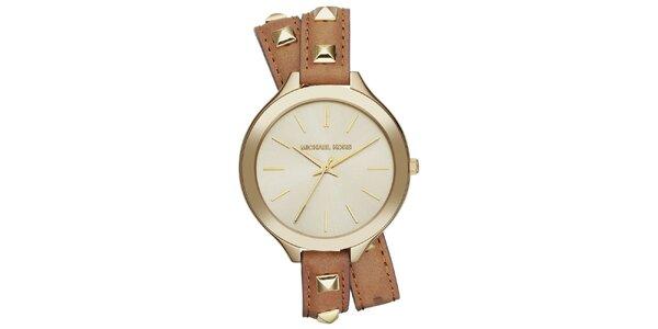 Dámské hodinky s dekorativními pyramidkami Michael Kors