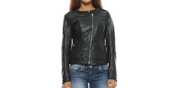 Dámská černá kožená bunda s asymterickým zipem Mangotti