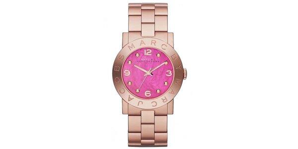 Dámské hodinky s růžovým ciferníkem Marc Jacobs