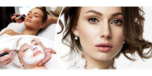 Kosmetické hýčkání biostimulačním laserem a zábalem rukou