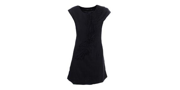 Dámské černé šaty s dekorativní aplikací Dislay DY Design