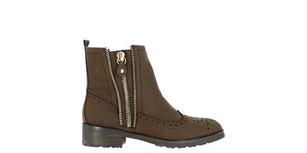 Dámské boty s ozdobnou perforací Shoes and the City