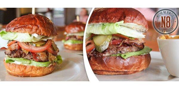 2 burgery s hranolky v Bistru na osmičce