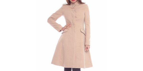 Dámský pudrový projmutý kabát Vera Ravenna