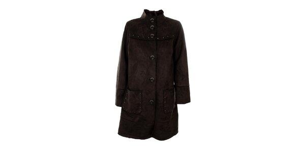 Dámský tmavě hnědý kabát s cvočky Emma Pernelle
