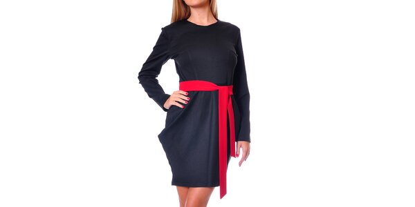 Dámské černé šaty s tulipánovou sukní Avangard