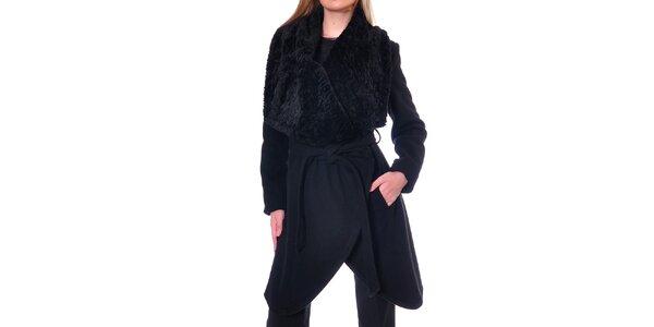 Dámský černý kabátek s kožíškem Daka