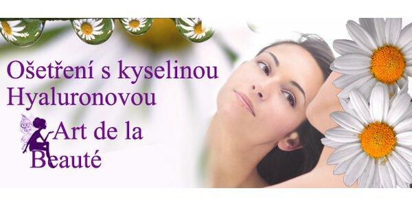 Luxusní kosmetické ošetření pleti s kyselinou hyaluronovou