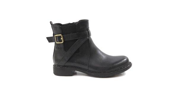 Dámské černé kotníkové boty s přezkou za patou Drastik