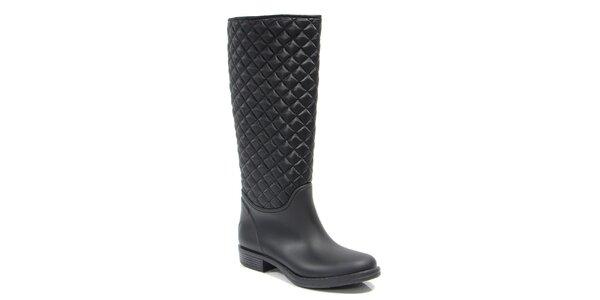 Dámské vysoké prošívané boty v černém provedení Favolla