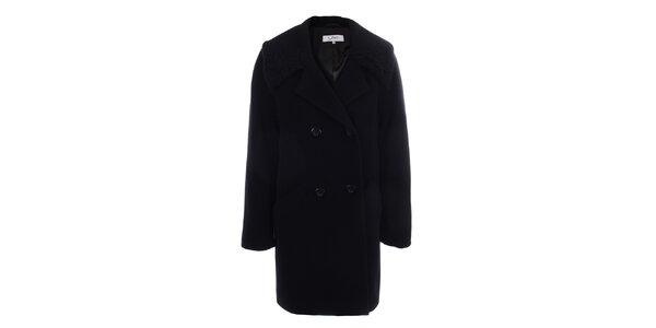 Dámský černý dvouřadý kabát inAvati