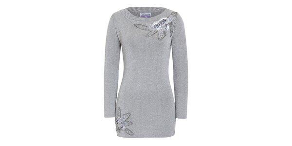 Dámský stříbrnošedý svetr s dekorativními květinami Imagini