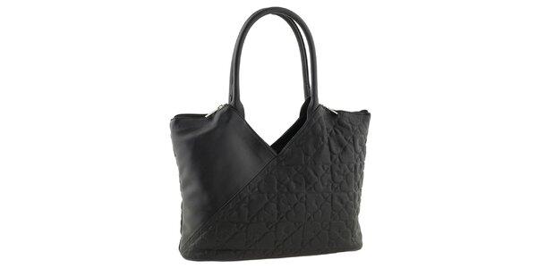 Dámská černá kabelka se srdíčky Tina Panicucci