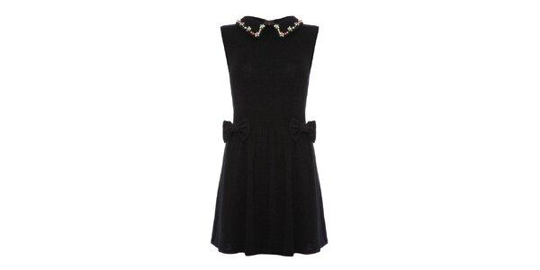 Dámské černé šaty se zdobeným límečkem Yumi