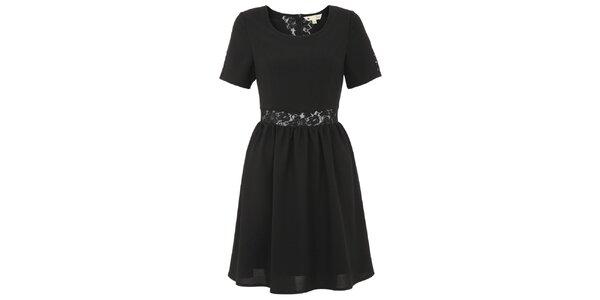 Dámské černé šaty s krajkovým pruhem v pase Yumi