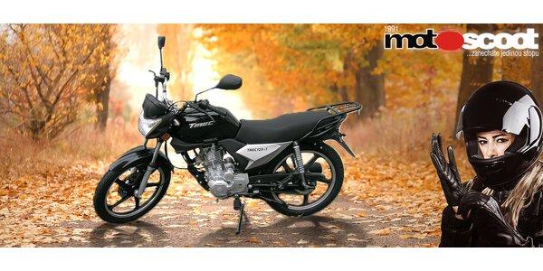 Předváděcí černostříbrná motorka TMEC 125 SPORT