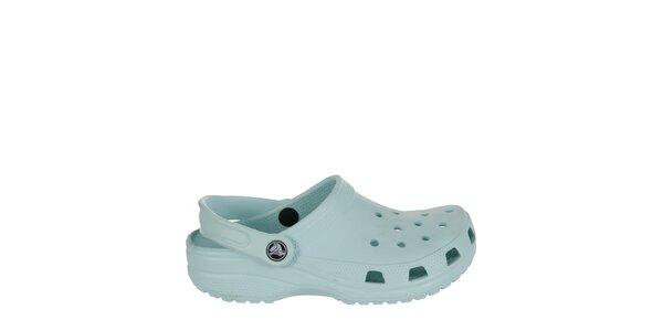 Chlapecké mentolové pantofle Crocs