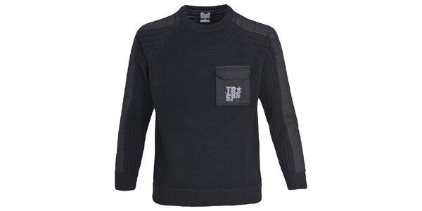 Pánský černý svetr s kapsou Trespass